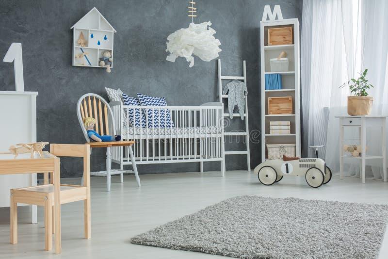 Chambre à coucher fonctionnelle de bébé images libres de droits