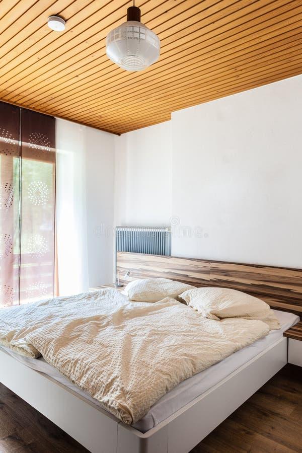 Chambre à coucher gentille images stock