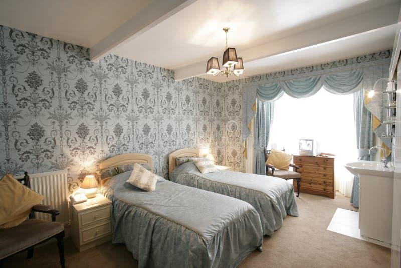Chambre à coucher jumelle photo libre de droits