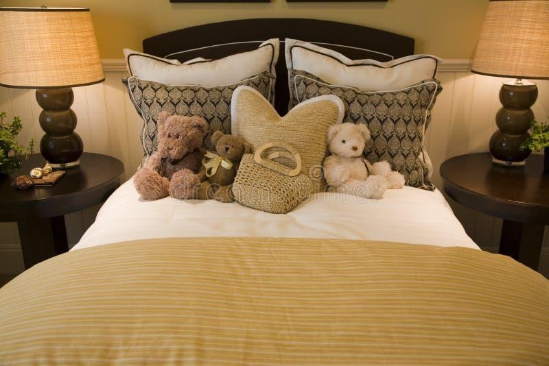 Chambre à coucher moderne de gosses. images libres de droits