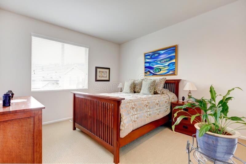 Chambre à coucher régénératrice lumineuse photo libre de droits