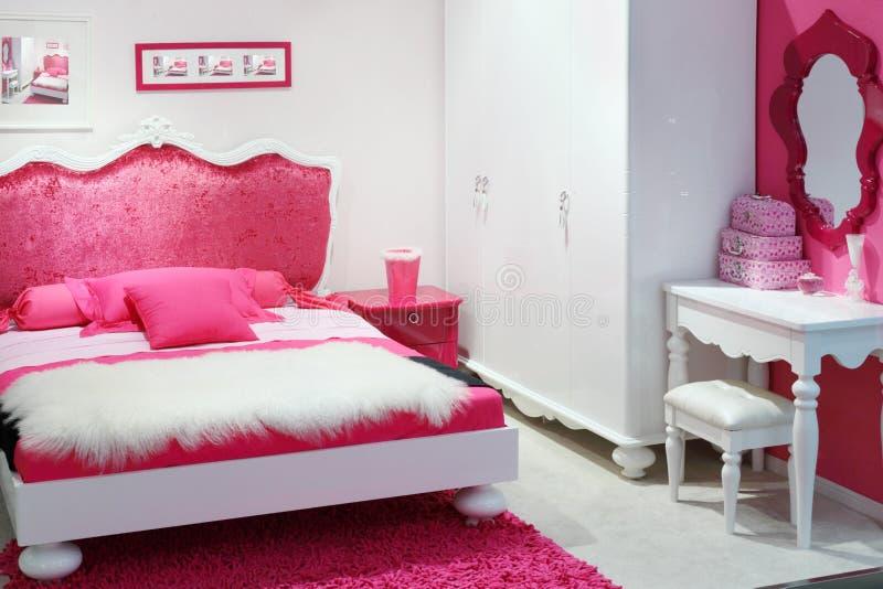 Chambre à coucher rose élégante photos stock