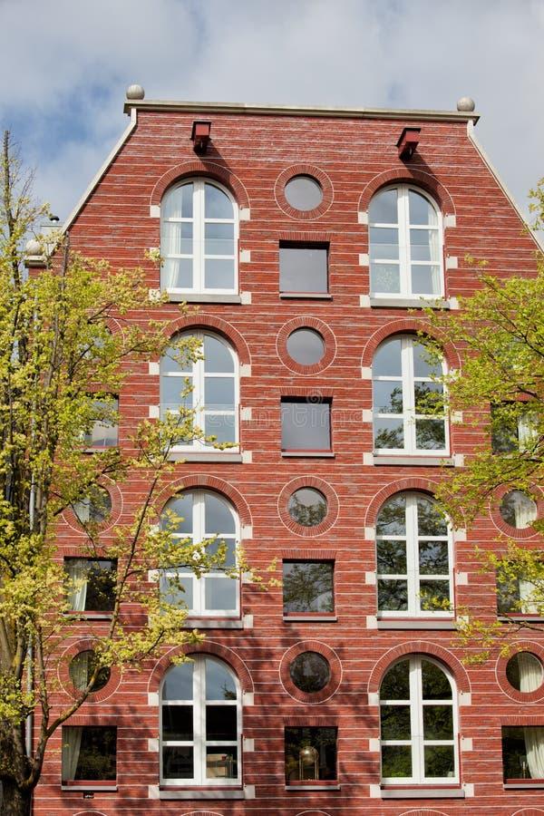 Chambre arquée et ronde de Windows à Amsterdam images libres de droits