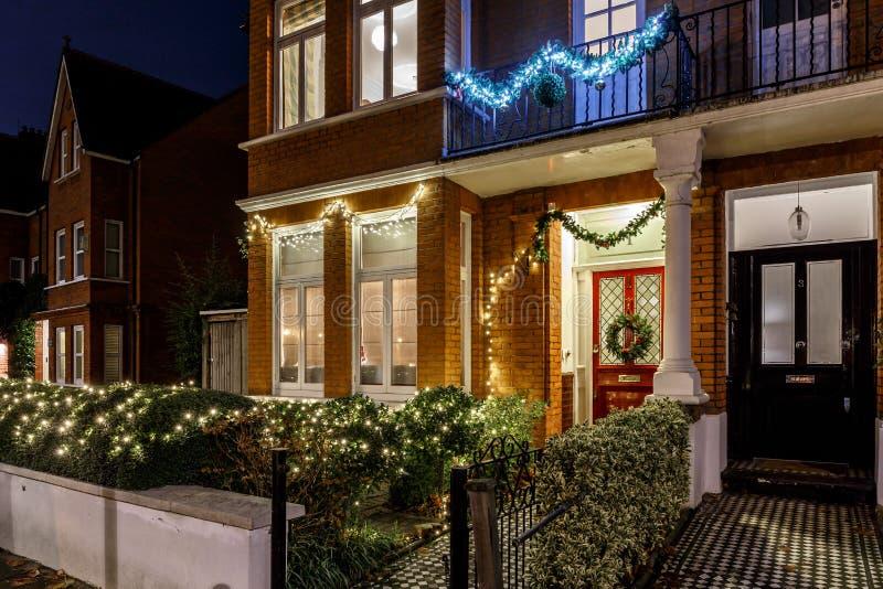 Chambre décorée pour Noël à Londres photographie stock