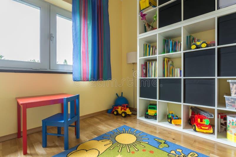 Download Chambre D'enfant Complètement De Couleurs Image stock - Image du contemporain, petit: 77155267