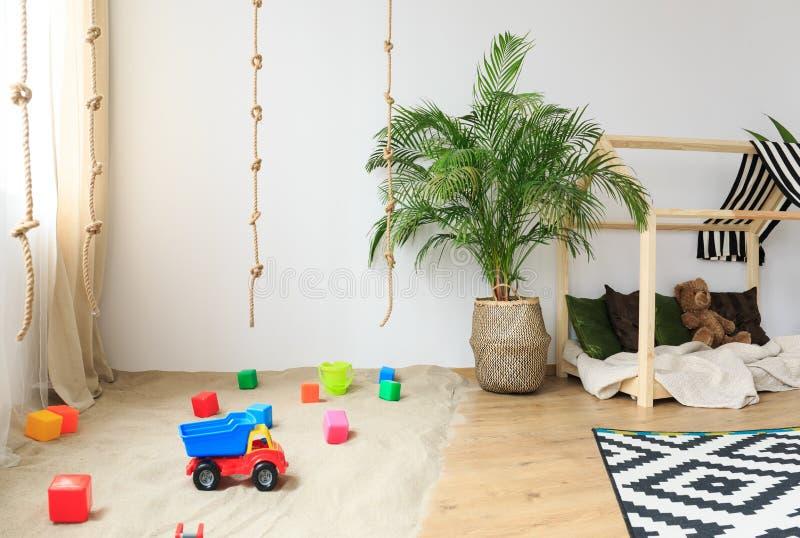 Chambre d'enfant dans le style de Bohème photographie stock libre de droits