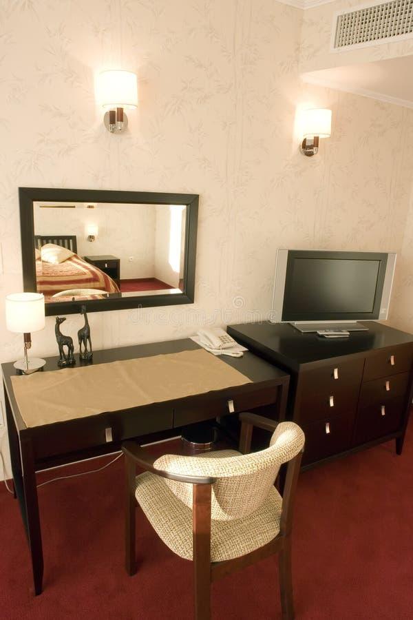 chambre d'hôtel de meubles image stock