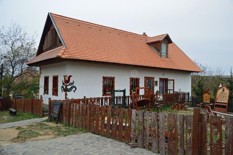 Chambre de Holloko, village folklorique dans la Hongrie septentrionale photographie stock