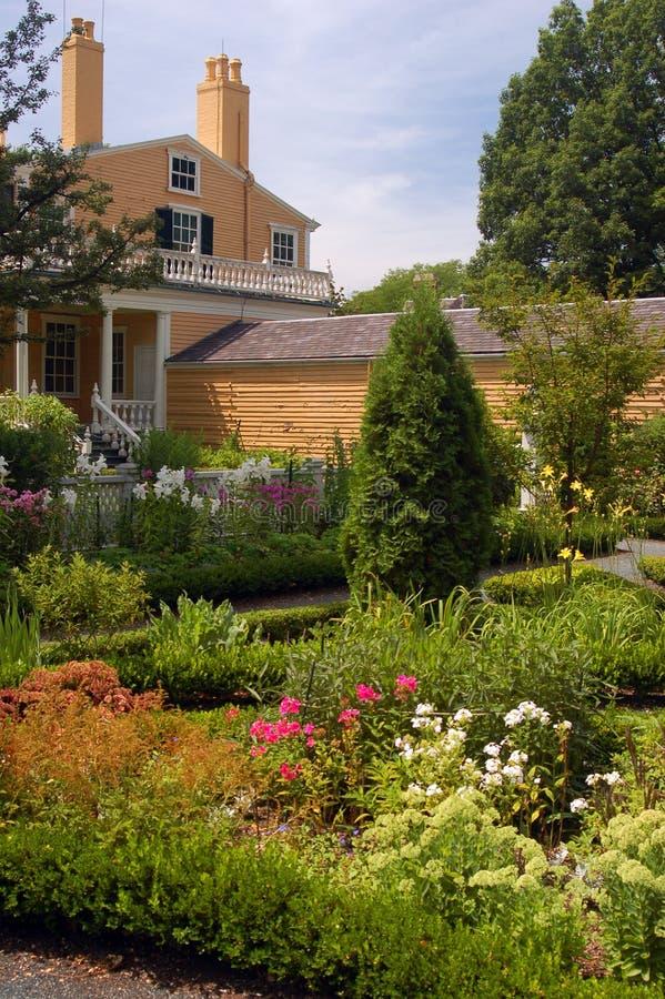 Chambre de Longfellow, Cambridge, jardin photographie stock libre de droits