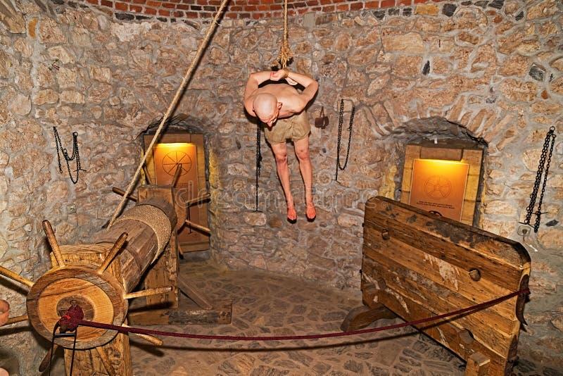 Chambre de torture au château de Corvin, Hunedoara, Roumanie photos stock