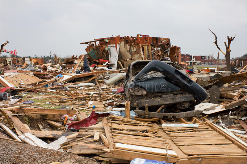 Chambre endommagée par tornade Joplin MOIS image stock