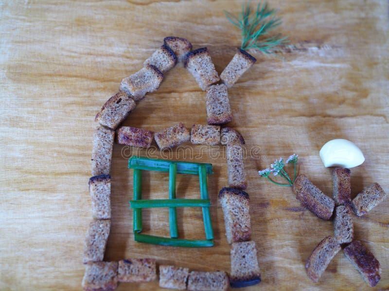 Chambre et homme des biscuits de seigle photo libre de droits