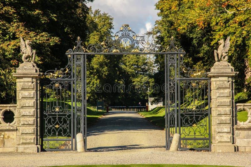 Chambre et jardins de Kilruddery. Entrée. l'Irlande photos libres de droits