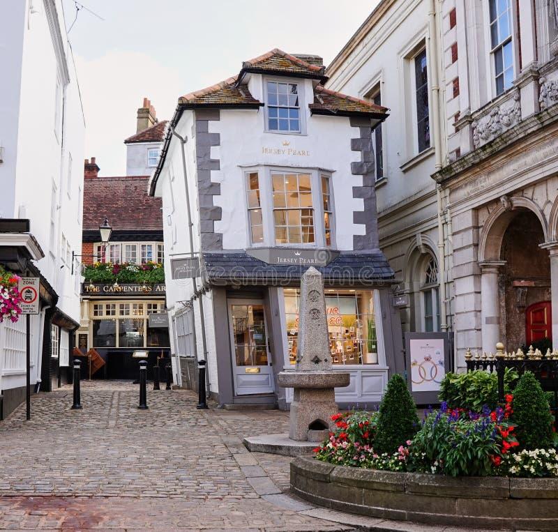 Chambre extrêmement tordue du marché en Windsor England photographie stock