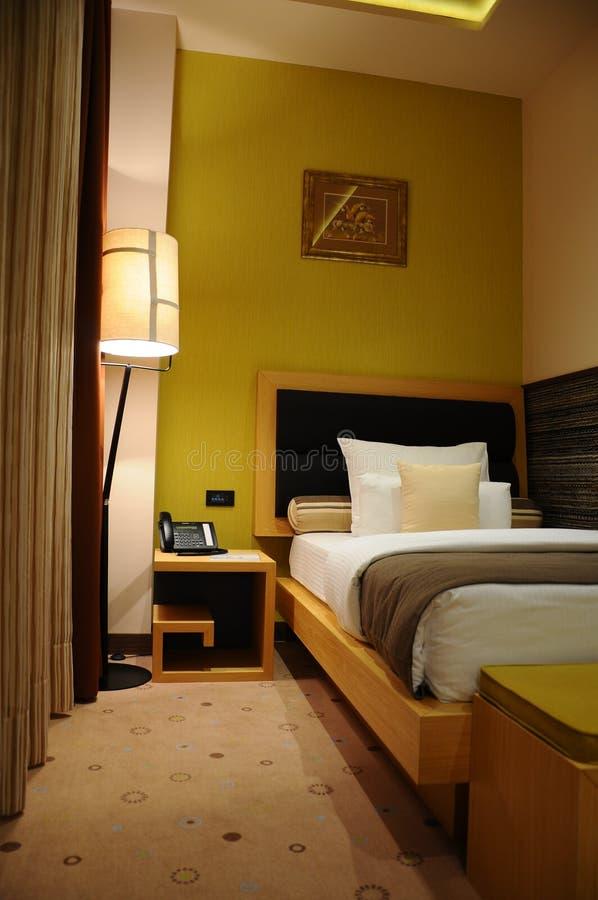Chambre pour une personne d'hôtel images libres de droits