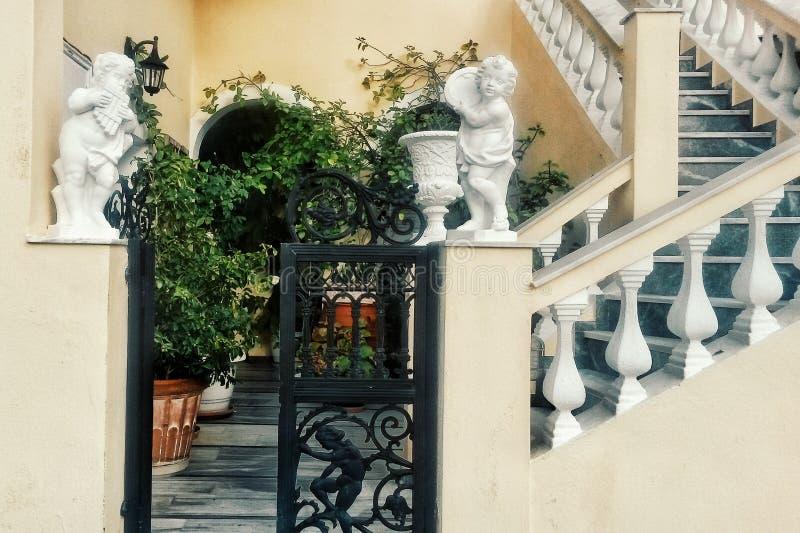 Chambre sur Santorini photo stock