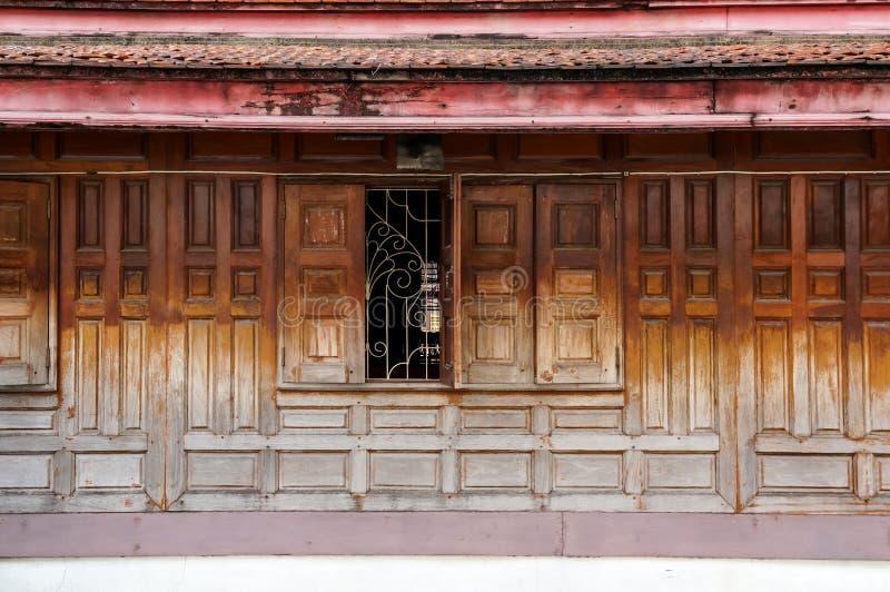 Download Chambre thaïe photo stock. Image du home, hublot, maison - 45368960