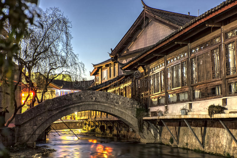 Chambre traditionnelle chinoise dans Lijiang Yunnan, Chine photographie stock libre de droits