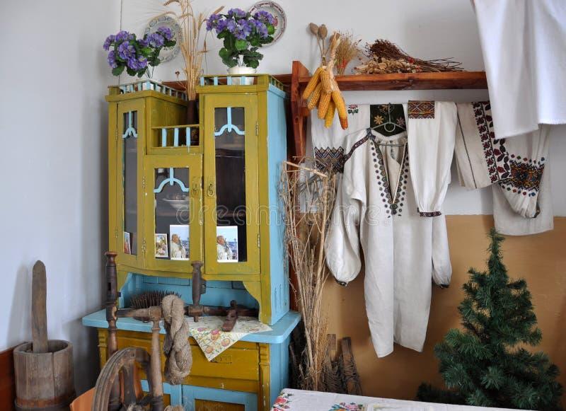 Chambre ukrainienne antique photographie stock