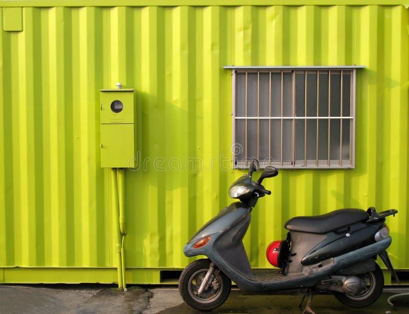Chambre vert clair de conteneur photographie stock