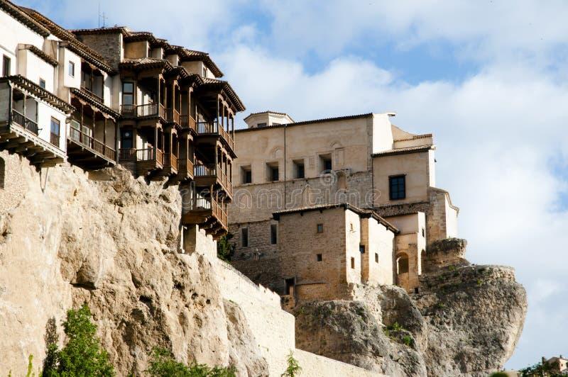 Chambres accrochantes de Cuenca - l'Espagne photo libre de droits