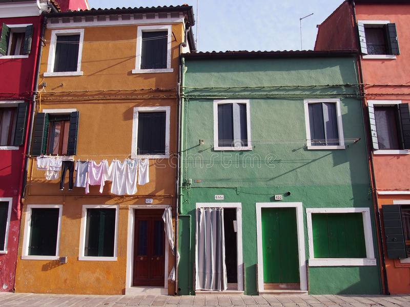 Chambres Burano Venise image libre de droits