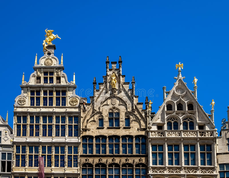 Chambres de guilde sur la place du marché à Anvers, Belgique images libres de droits