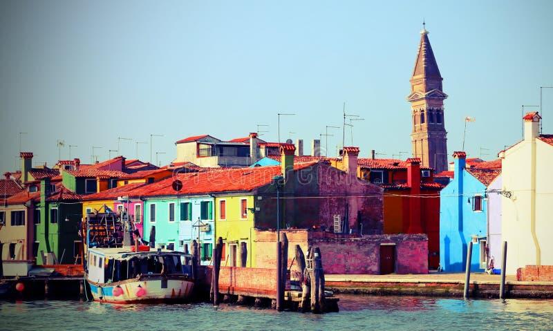Chambres en île de Burano près de Venise avec l'effet de vintage images stock