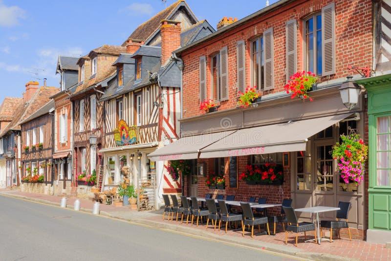 Chambres en Beuvron-en-Auge photos stock
