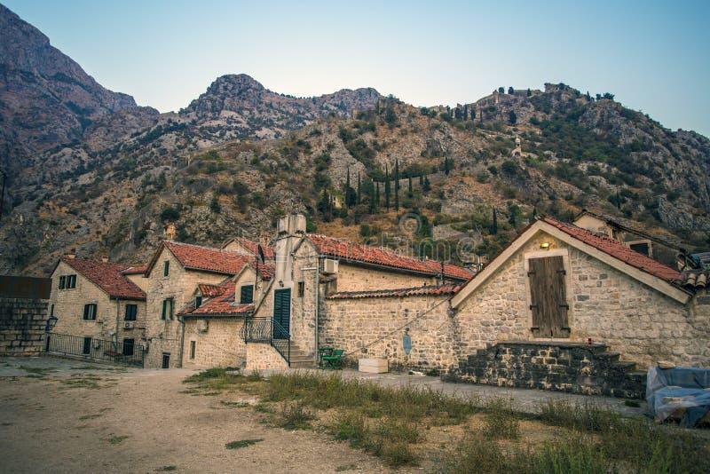 Chambres en Europe dans les montagnes photos stock