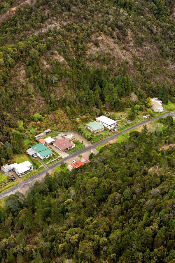 Chambres sur les périphéries de Queenstown Tasmanie image stock