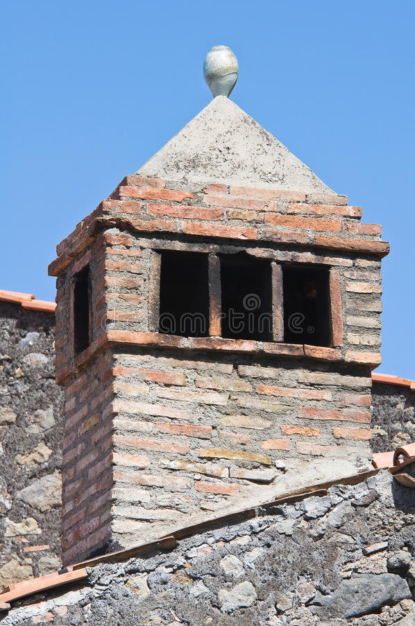 Download Chaminé. foto de stock. Imagem de fora, antique, facade - 26511082