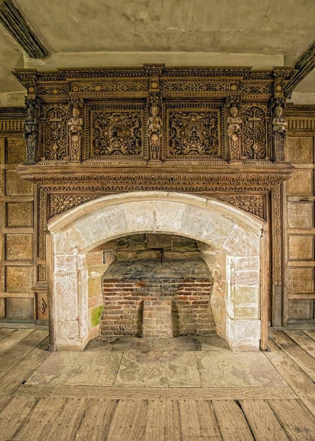 Chaminé, solar, castelo de Stokesay, Shropshire, Inglaterra imagens de stock royalty free