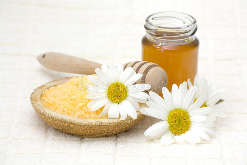 chamomile honey spa στοκ φωτογραφία με δικαίωμα ελεύθερης χρήσης