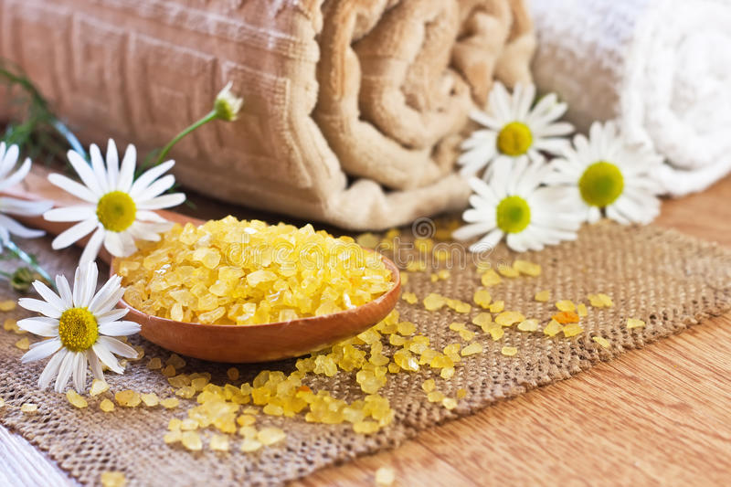 Download Chamomile Salt In Wooden Spoon Royalty Free Stock Image - Image: 20915646