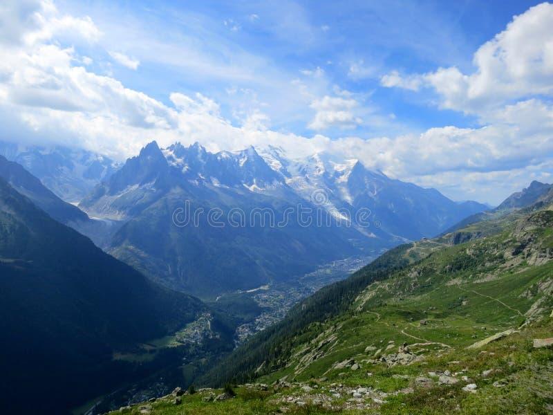 Chamonix in de Zomer, Franse Alpen stock afbeeldingen