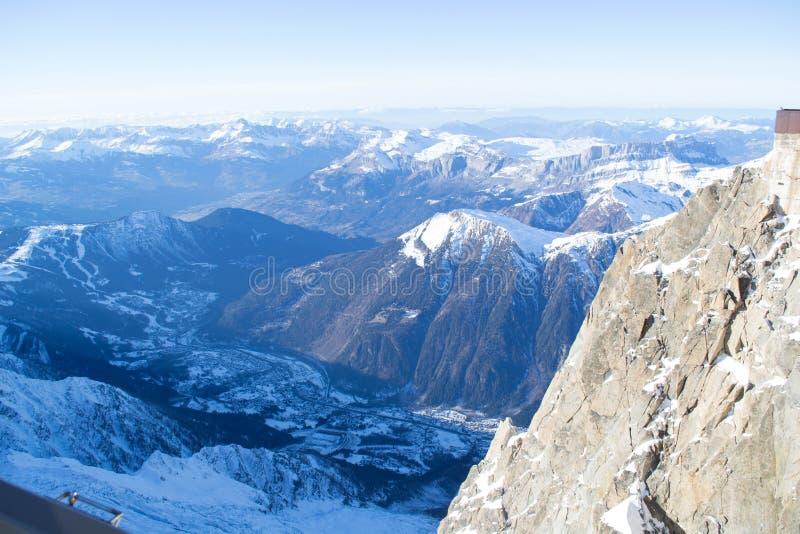 Chamonix van Aiguille du Midi stock afbeelding