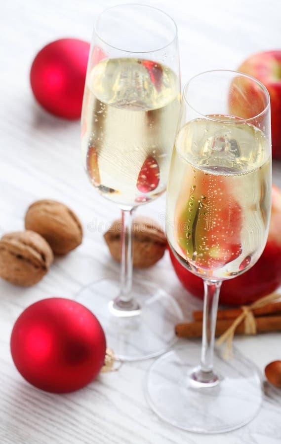Champán de la Navidad imagen de archivo libre de regalías