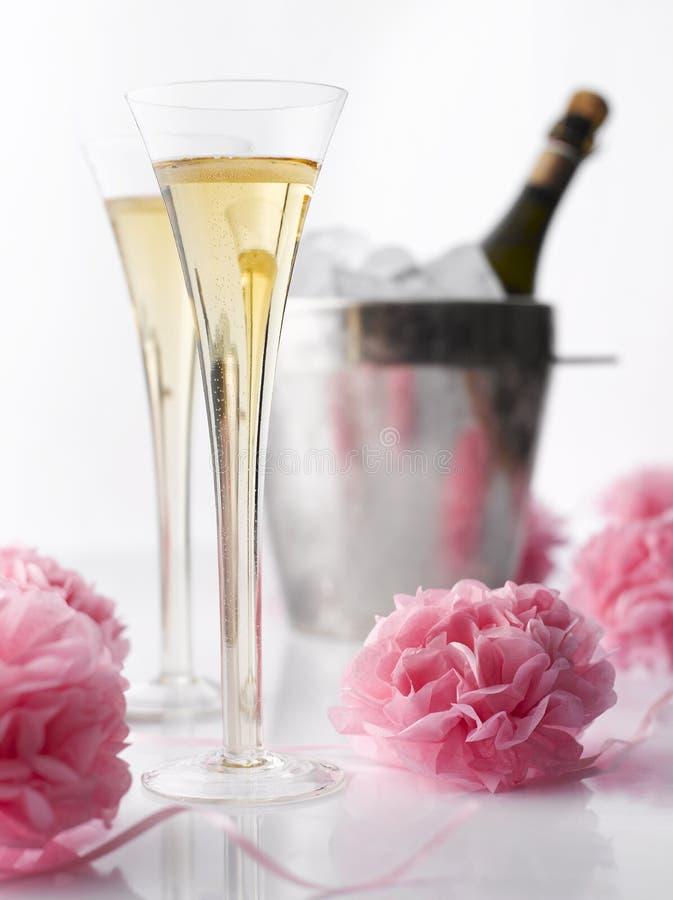 Champagne é serido wedding foto de stock royalty free