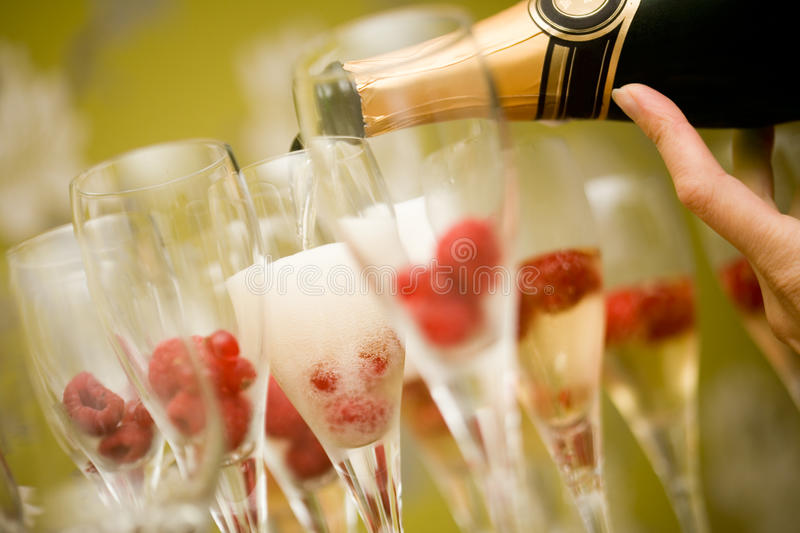 Download Champagne Royalty Free Stock Photos - Image: 16082938