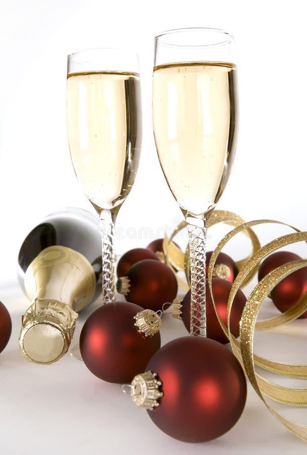 Download Champagne immagine stock. Immagine di background, bianco - 7301775