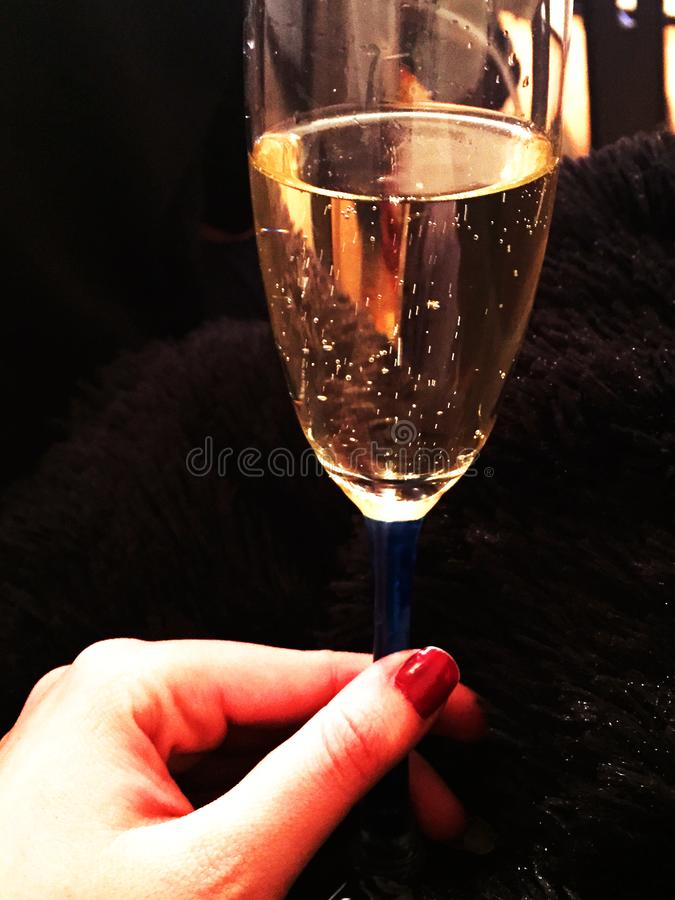 Champagne Ano novo feliz e boas festas Celebração do ` s do ano novo imagens de stock royalty free