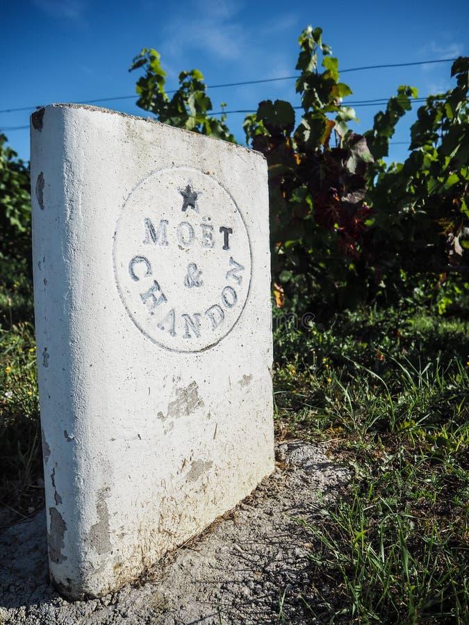 "Champagne- Ardenne, França - em agosto de 2017: Casa Moà ""t de Champagne foto de stock"