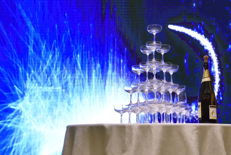 Champagne and cups at the wedding ceremony stock photography