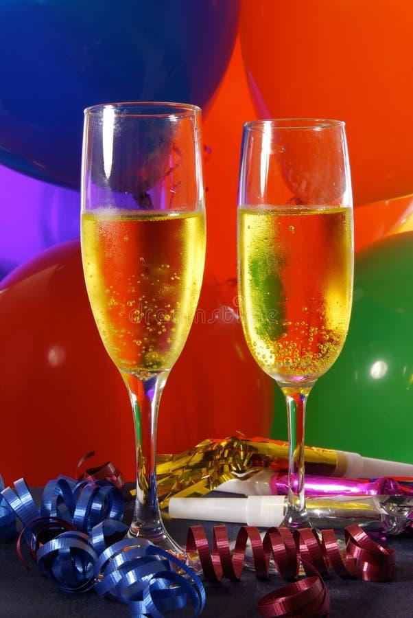 Champagne em um ajuste do partido imagem de stock