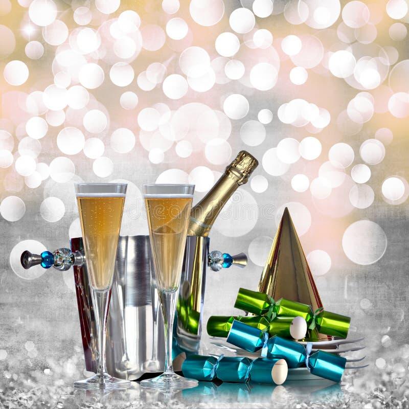Champagne försilvrar ösregnar guld- hattblåttpresent royaltyfri fotografi