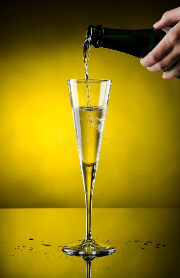 Champagne-Flüsse lizenzfreie stockfotos