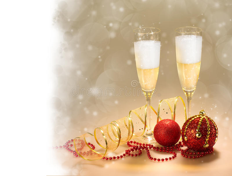 Champagne Glasses. Celebrações do ano novo e do Natal imagem de stock