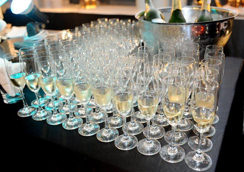 Download Champagne I Exponeringsglas Fotografering för Bildbyråer - Bild av livsstil, elegantt: 37349081