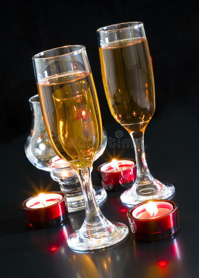 Champagne, Kerzen. lizenzfreie stockfotos